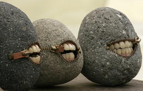精美的石头哦哦哦,会唱歌呃呃呃