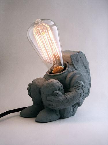 史上最孤独的灯泡