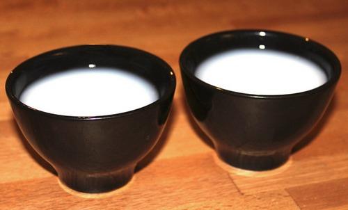 """默念""""这是两碗白颜料""""可以止住口水"""