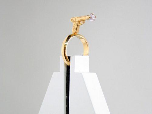 戒指做成这样,上面的钻石要多大颗才能求婚成功