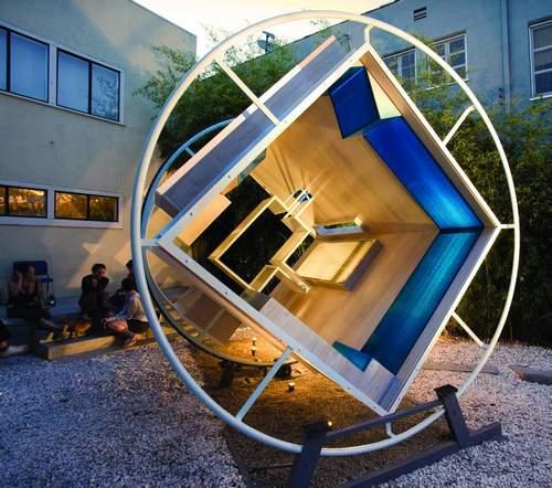 解决住房拥挤问题的革命性技术是每户一台反重力机