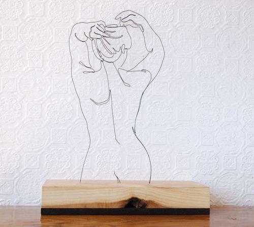醒来时能看到女人的裸背是多少处男的梦想