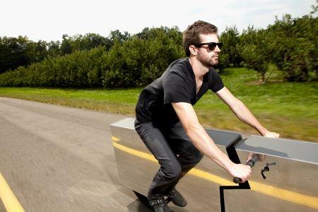 电动车必须出台限速法规