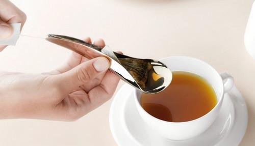 我现在每天不自制柠檬冰红茶就活不下去