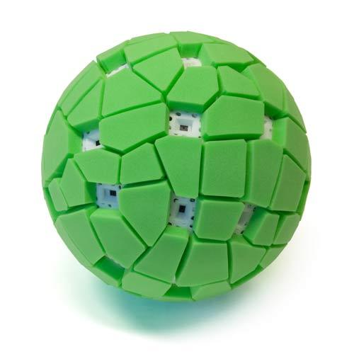 问:猫是对所有的球都感兴趣,还是只对会动的球感兴趣