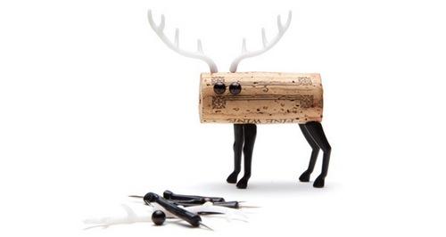 孤单的睁着大眼睛的麋鹿,其实很可爱是不是