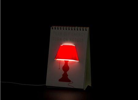 太暗了看书对眼睛不好