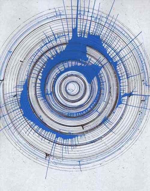 这一期真实的主题是伊藤润二的《漩涡》