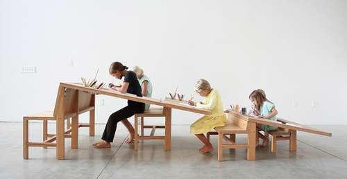 我小时候要是有个这桌子么!