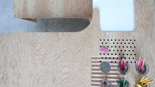 木头桌子就是棒!