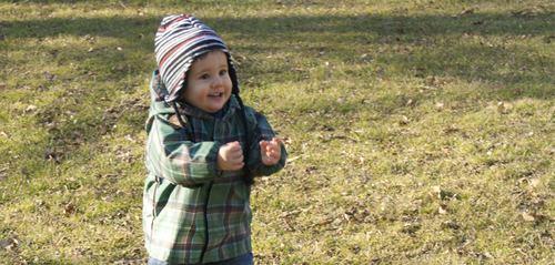 小孩这时候最好(hǎo)玩,要多玩,这就叫做玩小孩