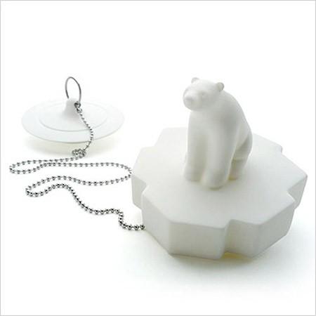 北极熊和它的飞碟