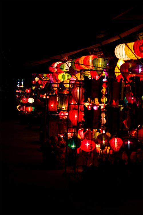 这张图上有75盏灯笼。