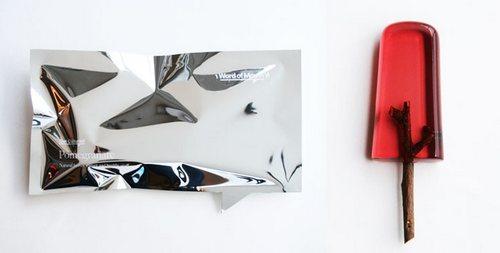 左边这个是太擅长反光以至于光线扭曲的包装纸不是什么抽象画……