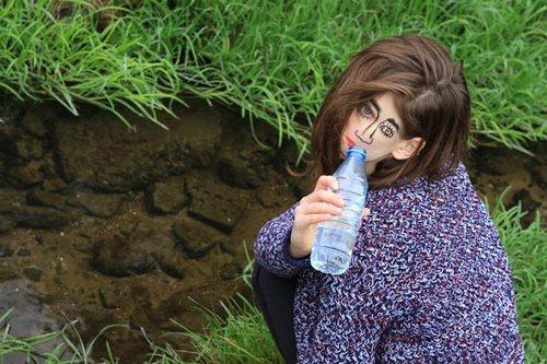 给假面喝水一下子就变成耍二了!