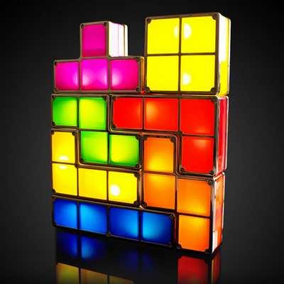 有一个说法称俄罗斯方块为愚蠢游戏,可是话说回来又有多少人玩得起聪明游戏呢?