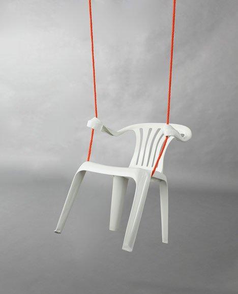 廉价的大排档椅忽然变得有情怀