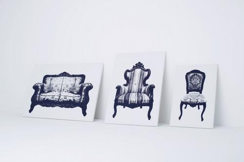 分别给胖子、很高的胖子、特别胖的胖子准备的椅子(因为太胖所以不能设计扶手)